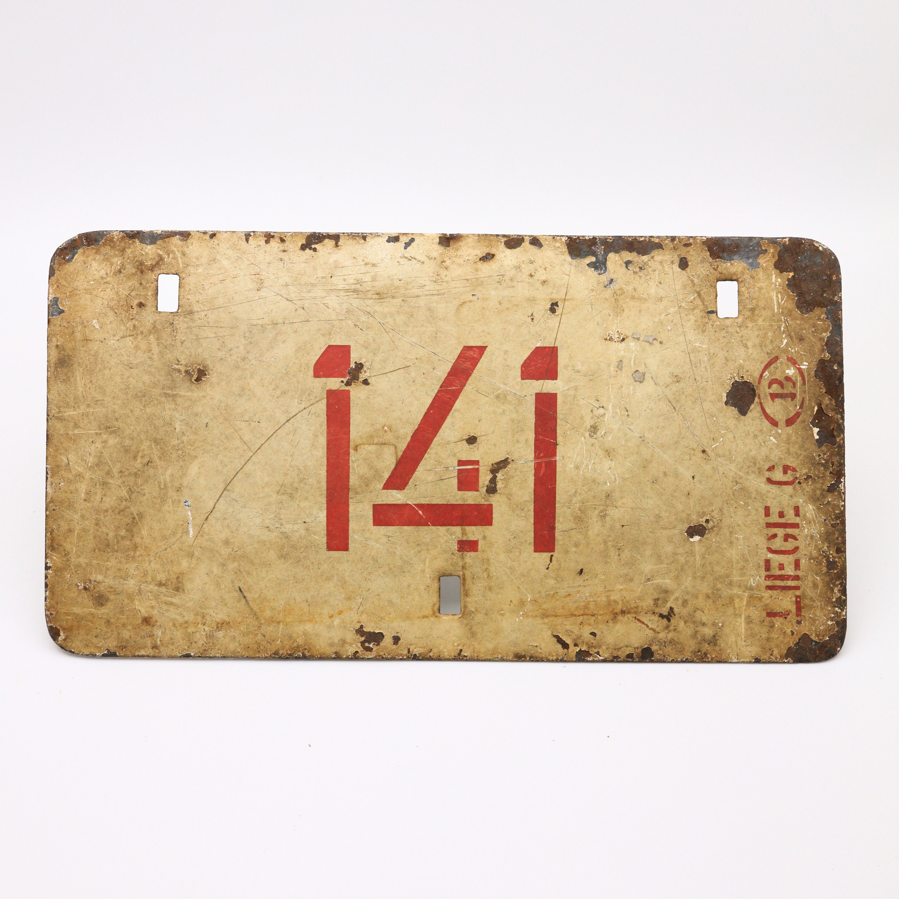 J18-8